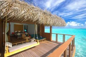 Medhufushi Water Villa deck