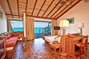 Reethi Water Villa bedroom