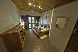 NAD Poolside Room bedroom