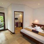 Standard Room bedroom