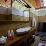 Garden View Villa bathroom
